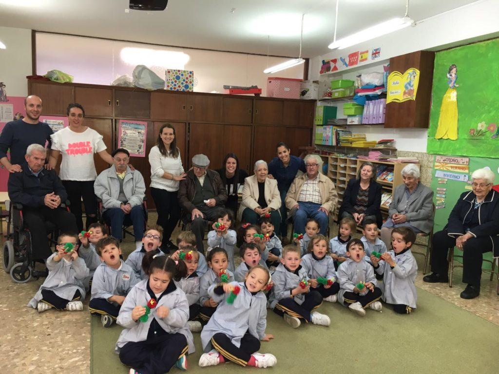 Programa intergenracional 'El viaje de Carlota'.