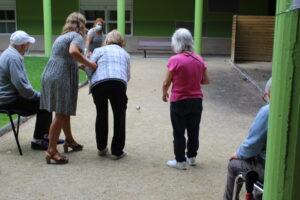 usuarios beiramar jugando petanca